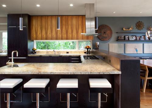 U - Shaped Kitchen Design