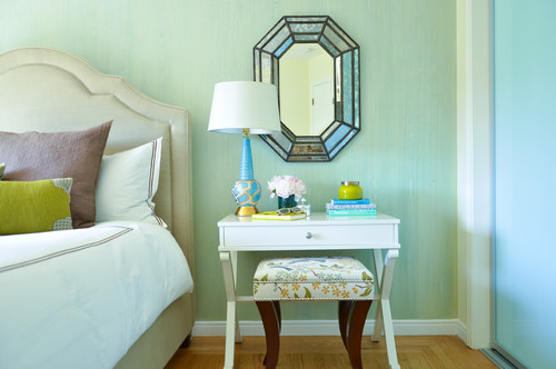 dressing table with drawers