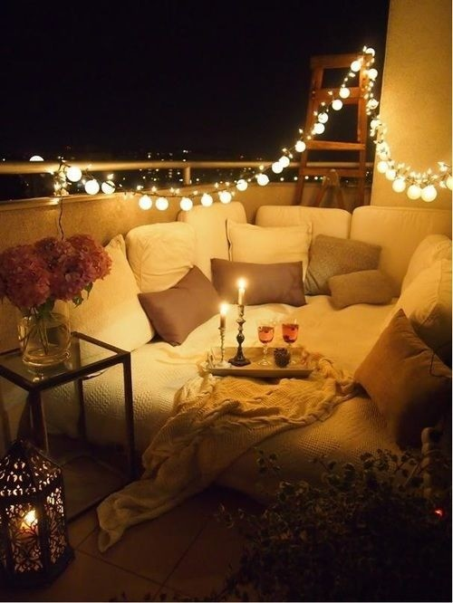Romantic Balcony Decor Ideas