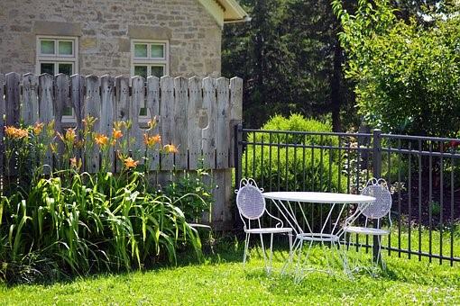 Landscape Design on a Budget for Residences