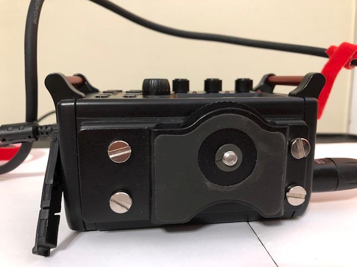 Tascam DR60 topside camera mount