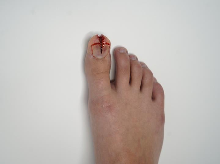 split toe makeup