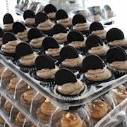 Oreo Marshmallow Cupcakes