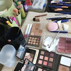 makeup setup / Gardeners Supply / keeping it natural