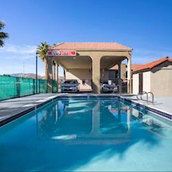 OYO Hotel Palmdale CA - Pool