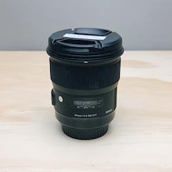 Sigma 24mm F/1.4