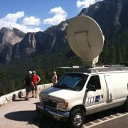Awesome Yosemite background 2013 with CBS news.