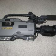 Sony DVW-707 Digital Betacam Video Camcorder w/ 15x Lens with Doubler - $900
