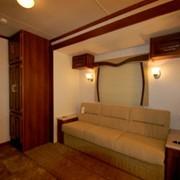 Dual 40 Sofa - moviestartrailers.com