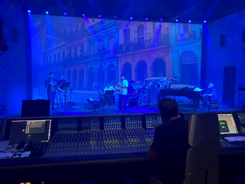 Laurel Canyon Live Uses Ultimatte and ATEM Constellation 8K for Live Streaming Virtual Productions