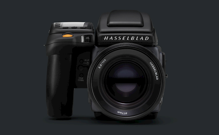In Review: Hasselblad H6D-100c