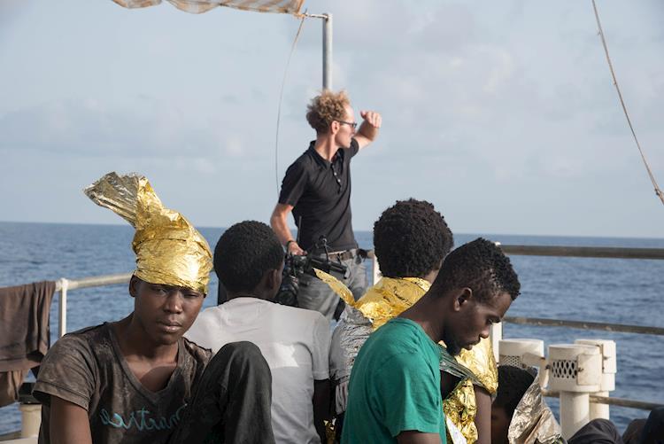 Oscars 2019: Skye Fitzgerald Talks Oscar-Nominated Documentary Lifeboat