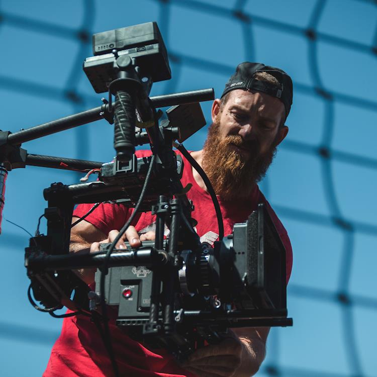 5 Reasons You Should Hire A Video Production Agency For Your Brand Videos