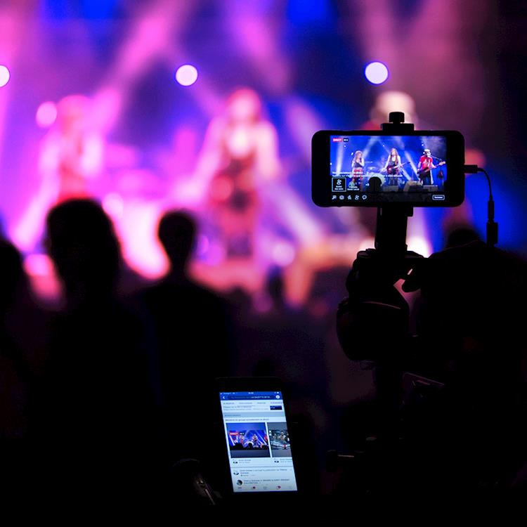 Importance of Live Streaming Services: Latest Trends and Best Practices