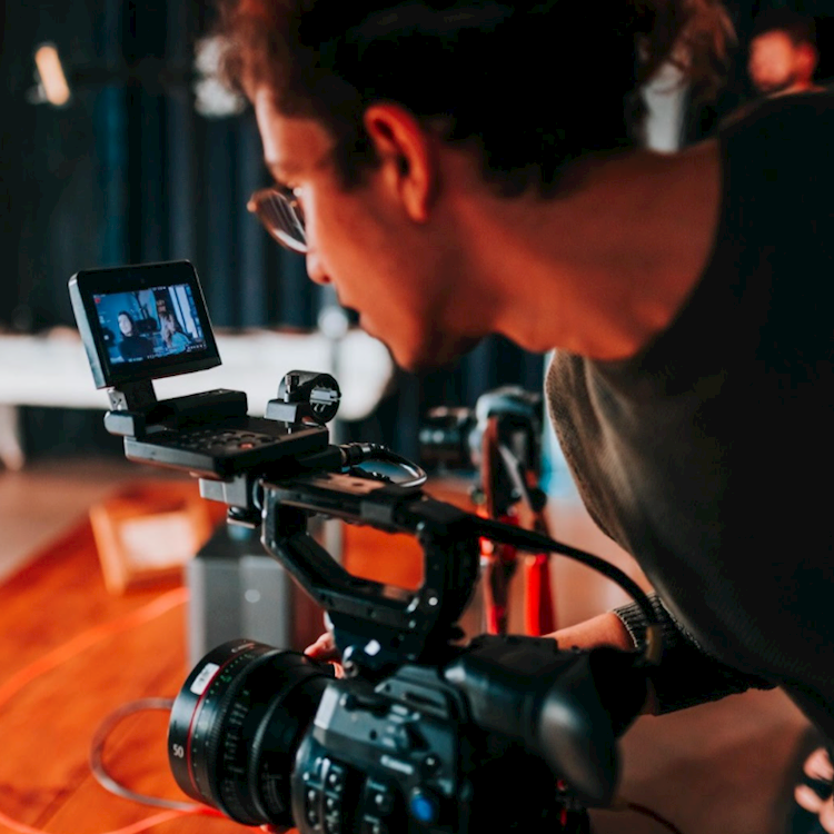 5 Ways To Keep Video Marketing Plans On Track In 2021