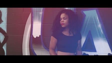 Keonikia McBride Modeling Video