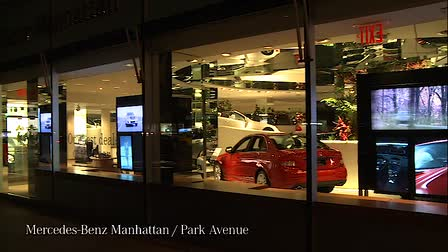 Mercedes-Benz USA Digital Signage