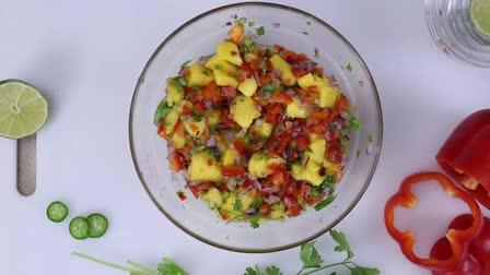 Seared Salmon with Mango Salsa