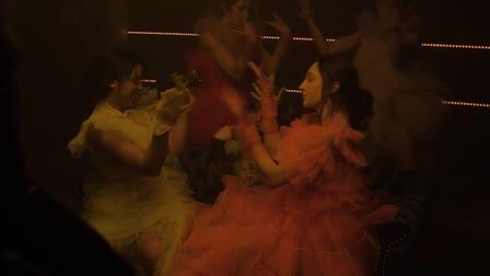 Nezza's music video