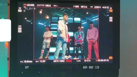 "CNCO ""BESOS"" behind the Scenes"
