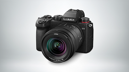 New Hybrid Full-Frame Mirrorless Camera, the LUMIX S5