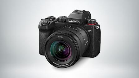 Panasonic's New Hybrid Full-Frame Mirrorless Camera, the LUMIX S5