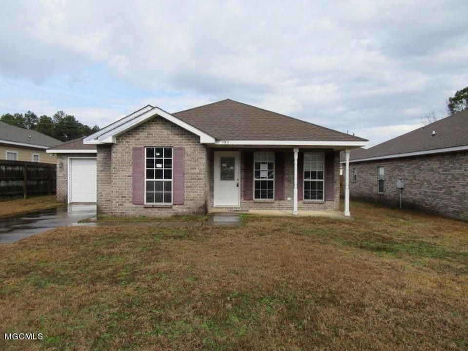 15612 Prairie St, Biloxi, MS 39532