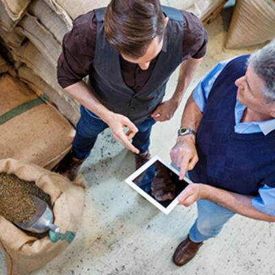 Cómo el sector financiero puede potenciar a las pymes y empresas de café
