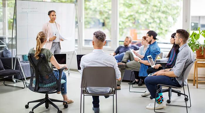 ¿Se le agotaron las ideas para motivar a sus empleados? Pruebe con el liderazgo transformacional