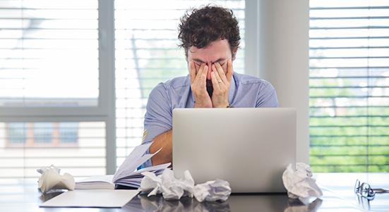 ¿Cuáles son las razones por las que una empresa fracasa y debe cerrar sus puertas?