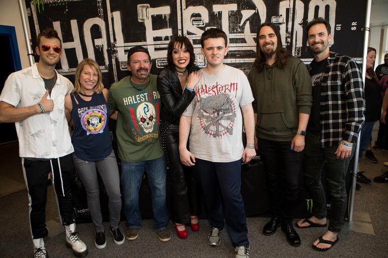 Gallery halestorm in this moment meet greets waaf gallery halestorm in this moment meet greets m4hsunfo