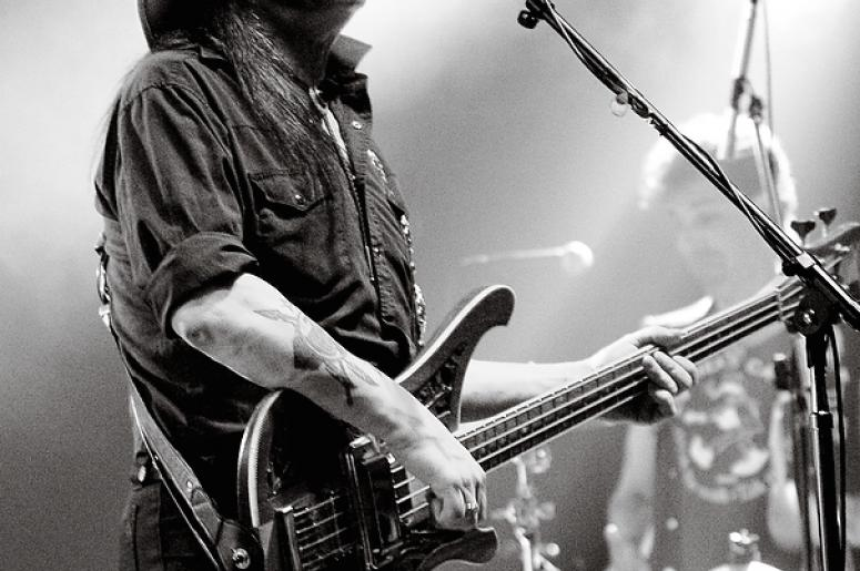 lemmy says he s still indestructible waaf