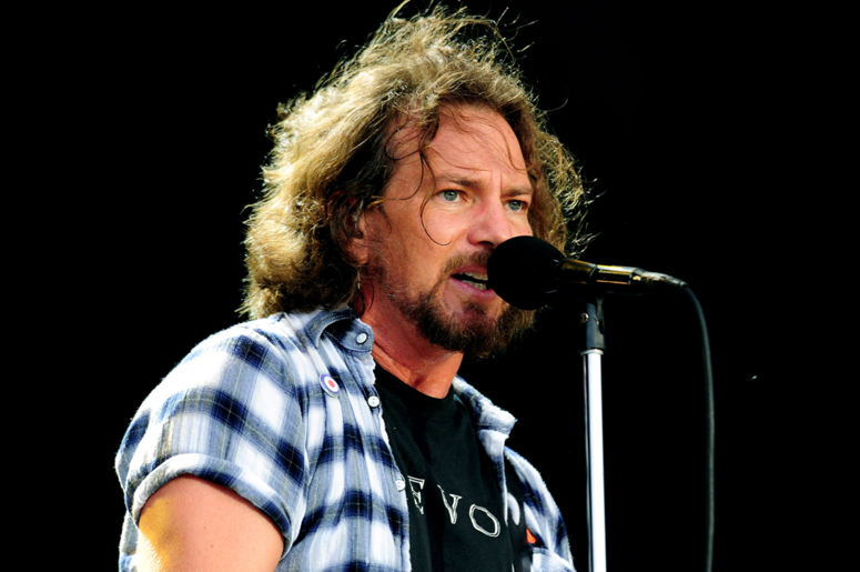 Watch 25 Years Of Pearl Jam In 6 Minutes In '25 Years Of