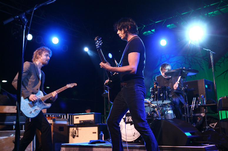 Brendan Benson and Jack White of recording group The Raconteurs perform in 2008