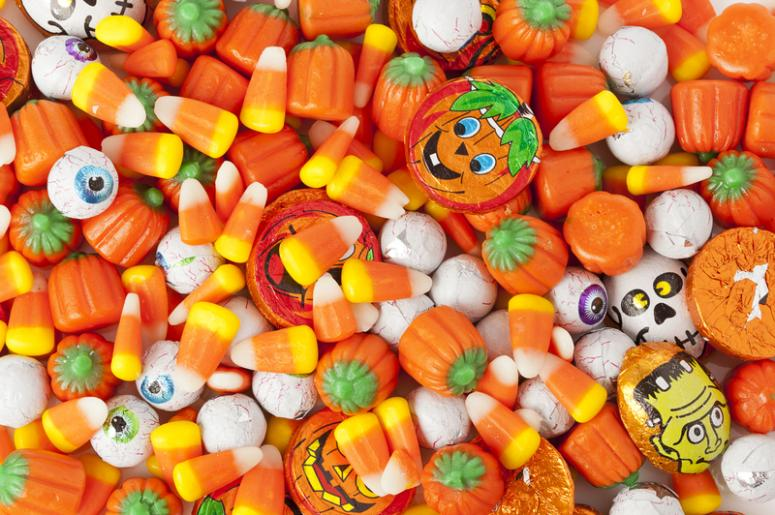 nutritionists rank halloween candy from best to worst