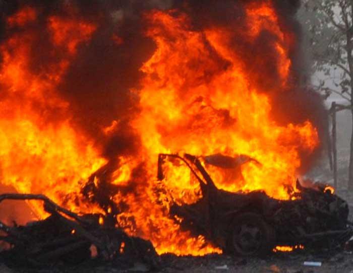 5 muertos en ataque con coche bomba a base de EEUU