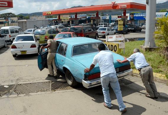 Maduro-privatiza-PDVSA-y-aumenta-la-gasolina-mientras-Diosdado-aplaude