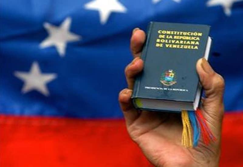 La Junta Patriótica de Gobierno. Aspectos Constitucionales y Políticos