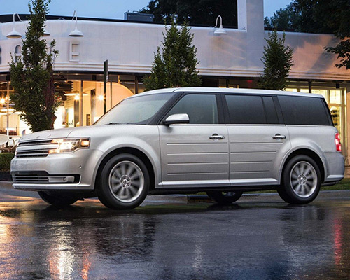 White Ford Flex SE for sale or lease at Sayville Ford in Long Island.