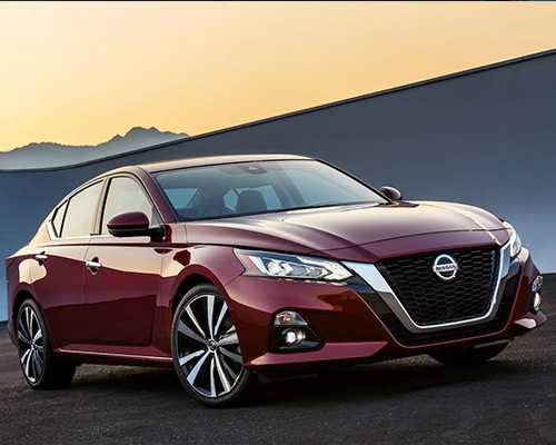 Maroon Nissan Altima Platinum for sale or lease in Orlando FL.