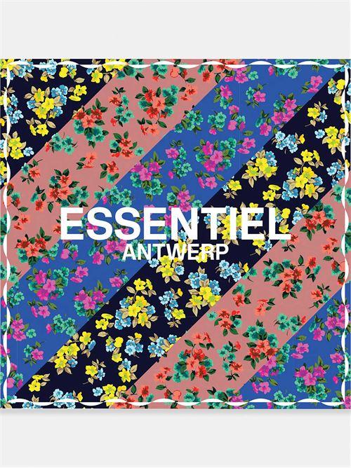 ESSENTIEL |  | VATCHESSCARFC1