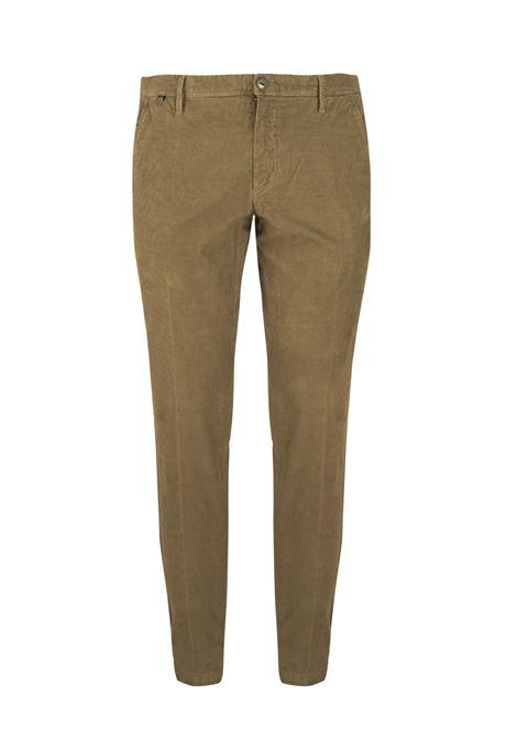 Pantalone slim fit in velluto millerighe AT.P.CO. | Pantaloni | DAN78ITC301260