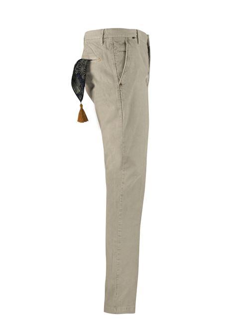 Pantalone slim fit in velluto millerighe AT.P.CO. | Pantaloni | DAN78ITC301920