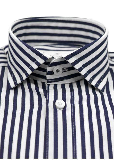 Camicia fantasia vestibilita leggermente slim BASTONCINO | Camicie | SIMOB1996 01