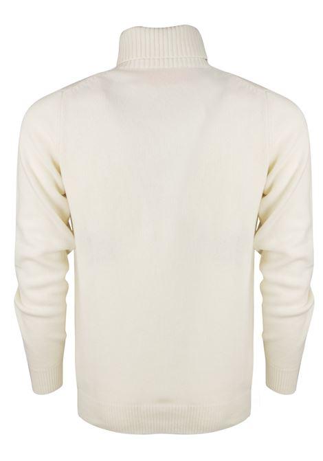 turtle neck sweater WOOL & CO. | Knitwear | 8131100