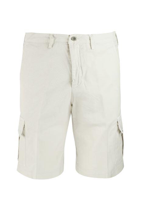 B700 | Shorts | B803 933123