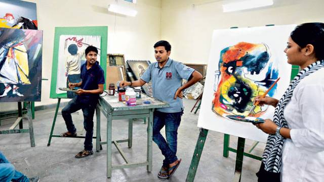 Completed you 10+2 Higher Education in Arts? Best Courses To Opt for After Class 12th Arts