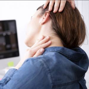 Tips To Avoid Neck Pain At Work