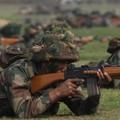 दुनिया में सबसे ज्यादा हथियार खरीद रहा है भारत : रिपोर्ट