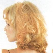 Blonde%20in%20mag%202